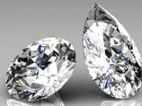 Pear shape and Round cut diamonds